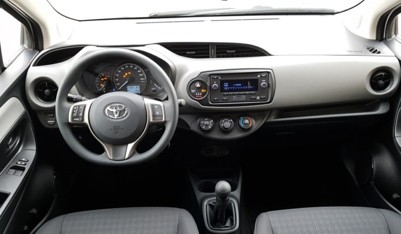 TOYOTA new YARIS 1.0 VVT-I COOL completo