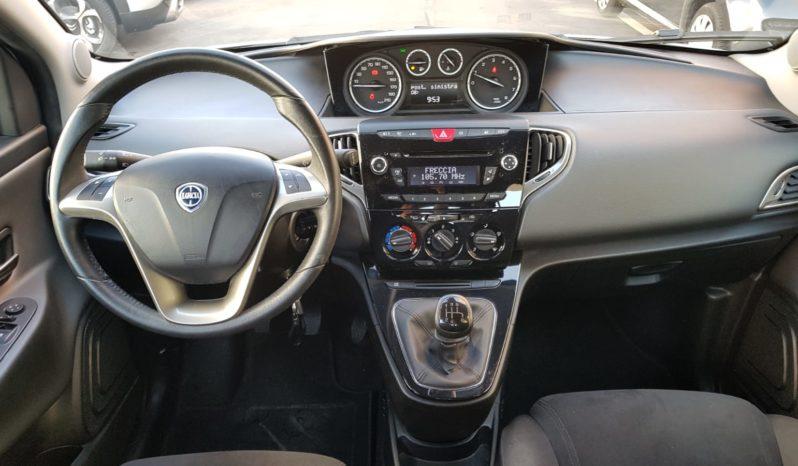 Lancia Ypsilon 1.2 bz Gold completo