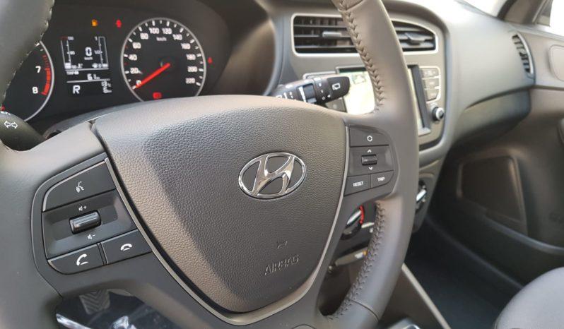 Hyundai i20 1.2 bz Connect Line completo