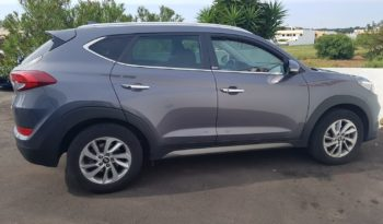 Hyundai Tucson 1.7 CRdi 115cv XPOSSIBLE 2WD completo